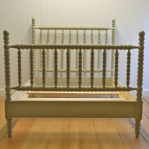 Hazel Spindle Bed