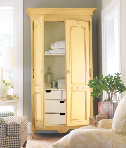 Middleburg Armoire