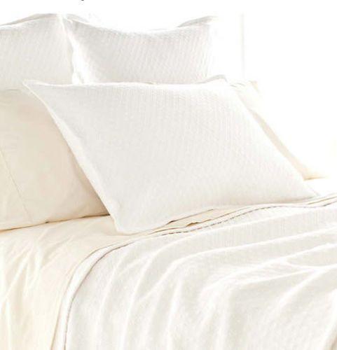 Diamond Matelasse Coverlet in White