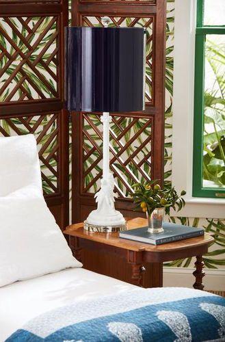 Parrot Palm Table Lamp
