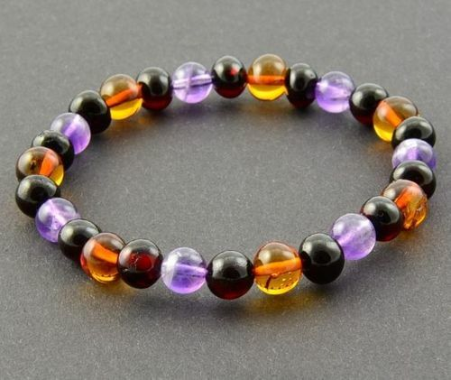 Amber Healing Bracelet Made of Baltic Amber and Amethyst