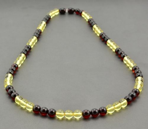 Men's Beaded Necklace Made of Precious Healing Baltic Amber