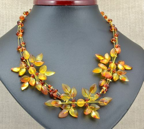 Amber Flower Necklace Made of Precious Healing Baltic Amber