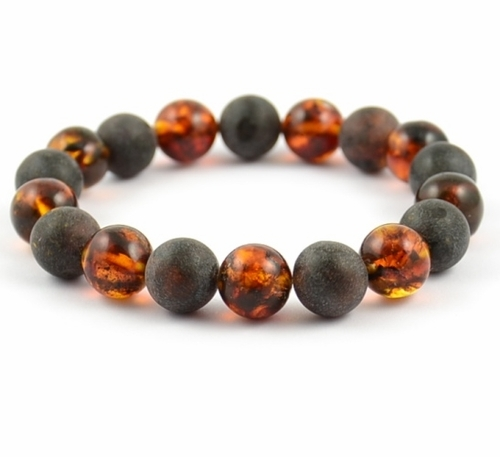 Amber Bracelet Made of Polished and Matte Healing Baltic Amber