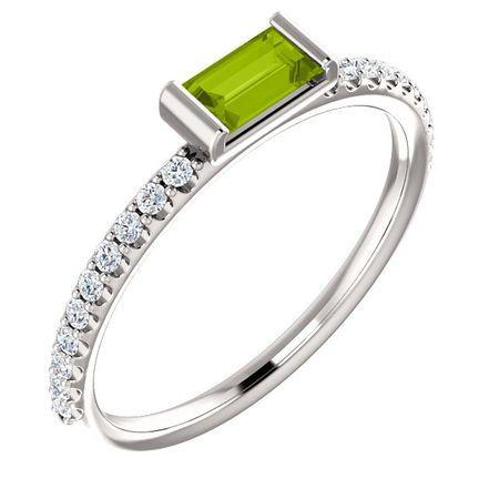 14 Karat White Gold Peridot & 0.17 Carat Diamond Stackable Ring