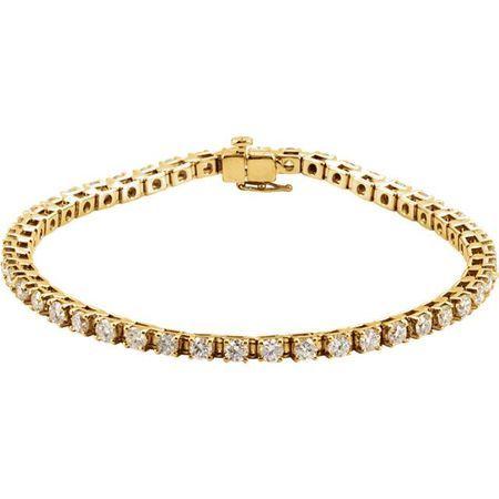Chic 14 Karat Yellow Gold 4 0.50 Carat Total Weight Diamond Line 7.25