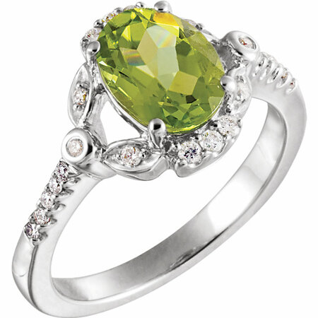 14 Karat White Gold 0.17 Carat Diamond & Peridot Ring