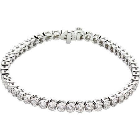 Appealing Jewelry in 14 Karat White Gold 6 Carat Weight Diamond Line 7.25