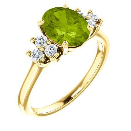 14 Karat Yellow Gold Peridot & 0.25 Carat Diamond Ring