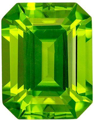 Fine Quality 3.67 carats Green Peridot Emerald Genuine Gemstone, 9.7 x 7.6 mm