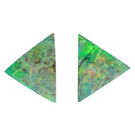 Loose Boulder Opal Gemstone in Trillion Cut, 17.61 carats, 21 x 15 mm Displays Rich Multi Color