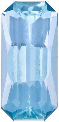 Special Aquamarine Genuine Loose Gemstone in Radiant Cut, 5.96 carats, Medium Dark Blue, 16.8 x 7.9 mm