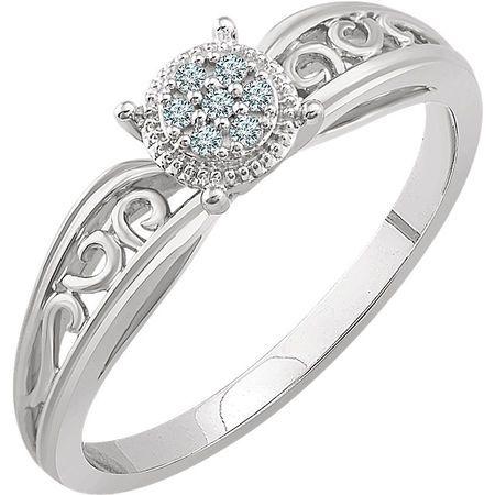 Contemporary 10 Karat White Gold .05 Carat Total Weight Diamond Promise Ring
