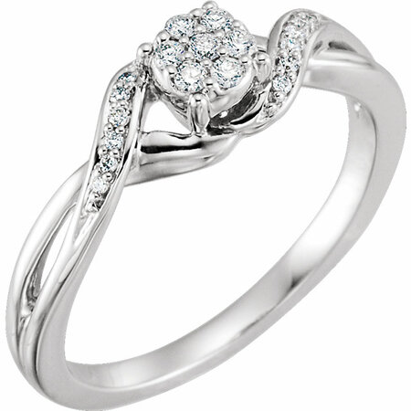 Beautiful 10 Karat White Gold 0.12 Carat Total Weight Diamond Cluster Promise Ring