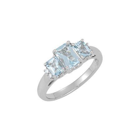 Wonderful 14 Karat White Gold Aquamarine & .05 Carat Total Weight Diamond Ring