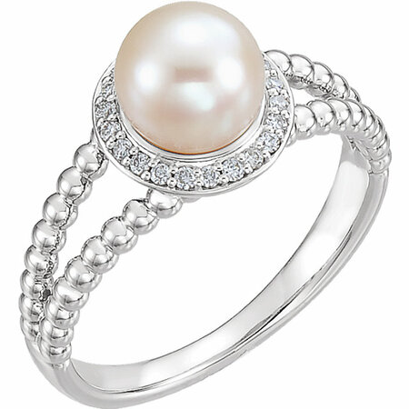 Eye Catchy 14 Karat White Gold Freshwater Cultured Pearl & 0.12 Carat Total Weight Diamond Ring