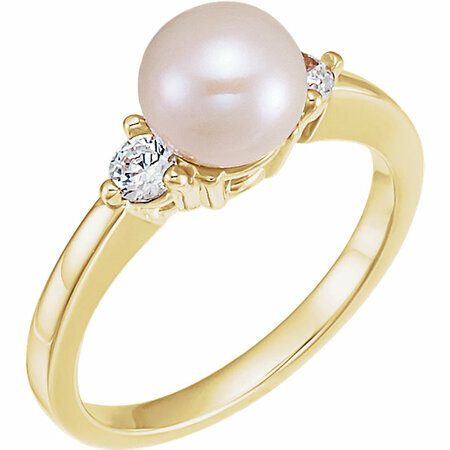 Perfect Gift Idea in 14 Karat Yellow Gold Akoya Cultured Pearl & 0.17 Carat Total Weight Diamond Ring