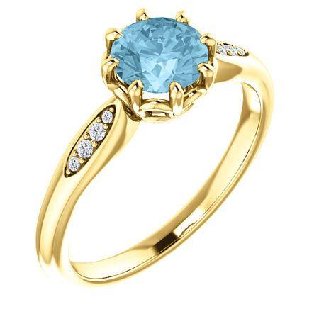 Very Nice 14 Karat Yellow Gold Aquamarine & .04 Carat Total Weight Diamond Ring