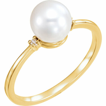 Easy Gift in 14 Karat Yellow Gold Freshwater Cultured Pearl & .025 Carat Total Weight Diamond Ring