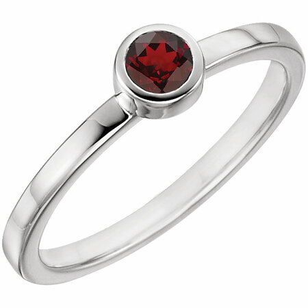 Contemporary 14 Karat Yellow Gold Mozambique Garnet Ring