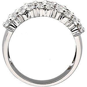 Stunning Alluring 2.00 Carat Total Weight Fine 2.20 mm Diamond Gold Ring set in 14 karat White Gold