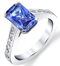 Dazzling 3.44ct Radiant Cut Blue Sapphire Solitaire Ring in 18kt White Gold - Diamond Baguettes in Band