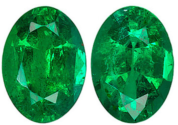 Luminous Green Matched Paired Emerald, Great for Jewelry, Oval cut, 1.47 carats