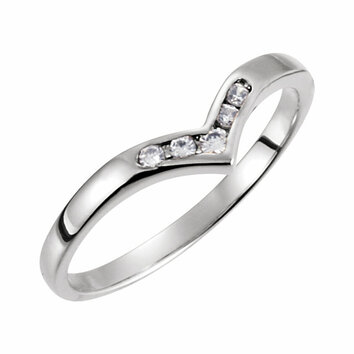 14 KT White Gold .08 Carat Total Weight Diamond V-Shaped Accented Fashion Ring