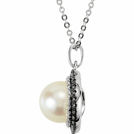 14KT White Gold Freshwater Cultured Pearl with 1/4 Carat Total Weight Black & White Diamond 18
