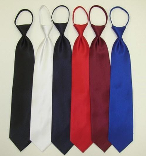 Blue Print Boys 12 Inch Zipper Tie