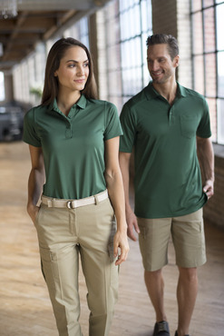 Unisex Waitstaff Moisture Wicking Snag Proof Polo with Pocket