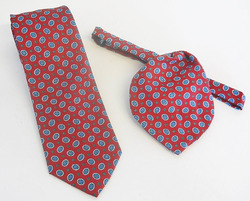 Neat Foulard Men's Tie & Ladies Tulip