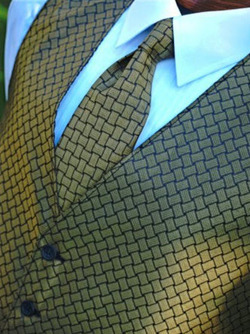 Patterned Ties, Bow Ties, Cummerbunds and Arm Bands