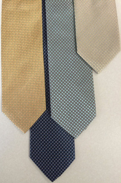Server Circles & Dots Silk Tie and Ladies Loop Ascot