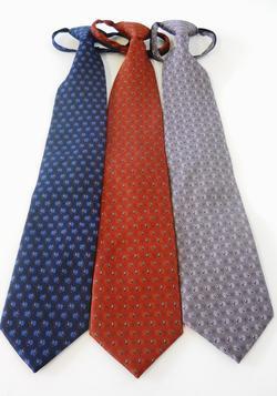 Waiter Diamond Print Zipper Tie