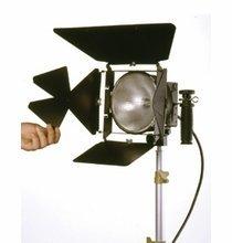 Lowel DP Light with 1000W FEL Bulb,  D2-101