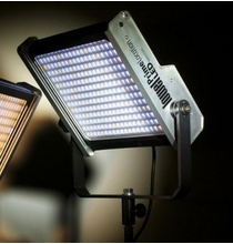 Lowel  Prime Location LED Light Panel Daylight, Gold Mount