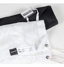 Modern Studio 20x20 Silk Artificial White w/Bag, 059-2025