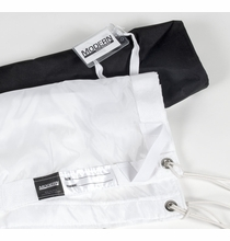 Modern Studio 6x6 Silk White Artificial w/Bag