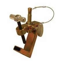 "Modern Studio Baby / 750  Pipe Clamp with 5/8"" Stud, 008-1830"
