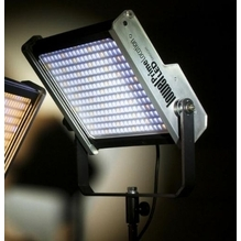 Lowel  Prime Location LED Light Panel Daylight, Gold Mount