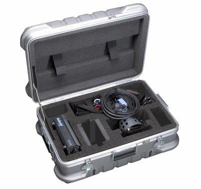 Kobold DW 200  200W HMI Par AC Light Kit with Flight Case