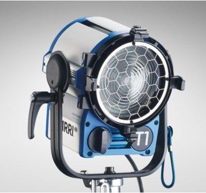 Arri T1, 1000W True Blue Fresnel Stand Model