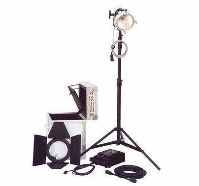 K5600 Joker News 200w HMI Daylight Kit AC/DC Anton Bauer with Case