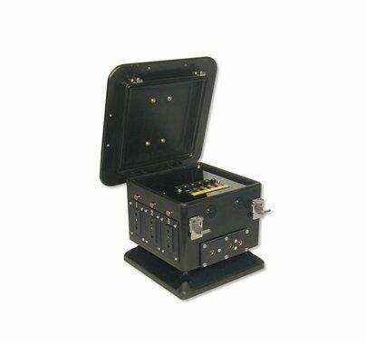Lex 100A Lunch Box Single Phase to (5) 20A Duplex Feed Thru