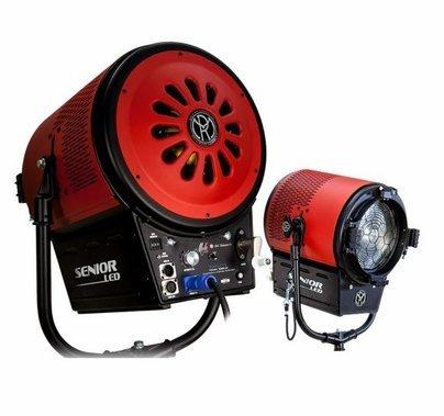 Mole Senior 900W Daylite 5600K LED Fresnel